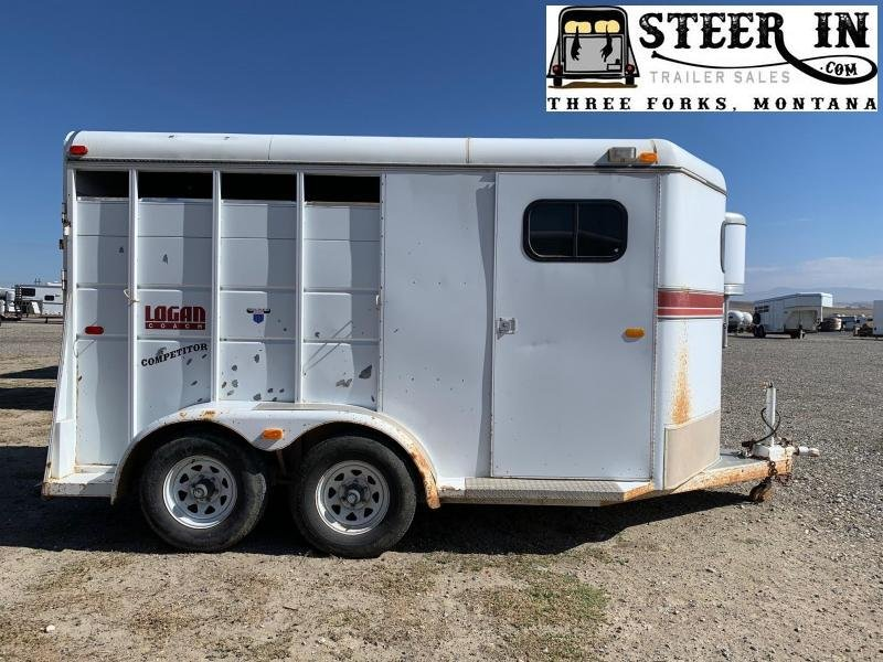 1995 Logan  2H SLANT LOAD Horse Trailer