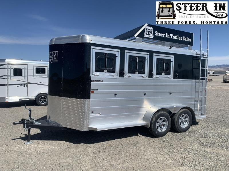 2022 Logan Coach BULLSEYE 3H BP Horse Trailer