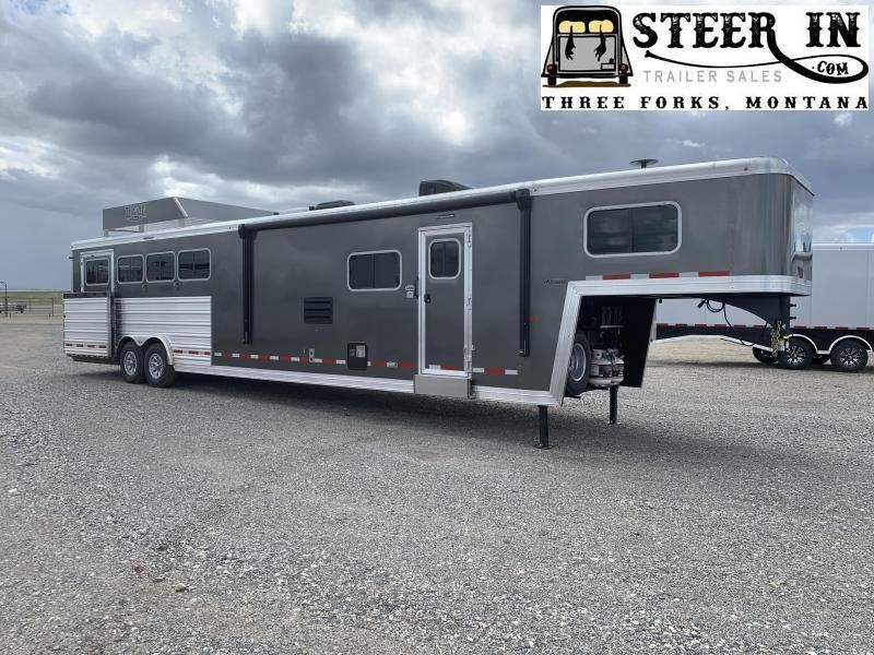 2020 Logan Coach 814 Limited 4H w/ Full-Rear Tack