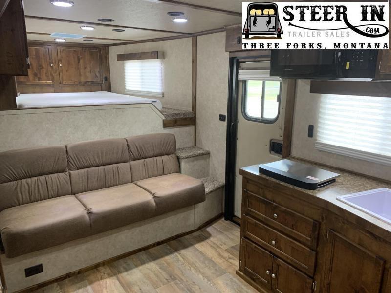 2020 Logan Coach 814 Limited 4H w/ Full-Rear Tack