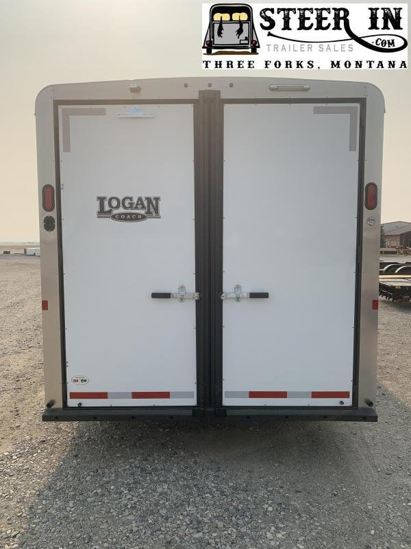 2020 Logan Coach 3H Bullseye LQ Horse Trailer