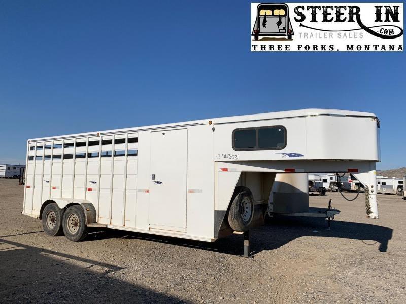 1999 Titan 20' STOCK/COMBO Livestock Trailer