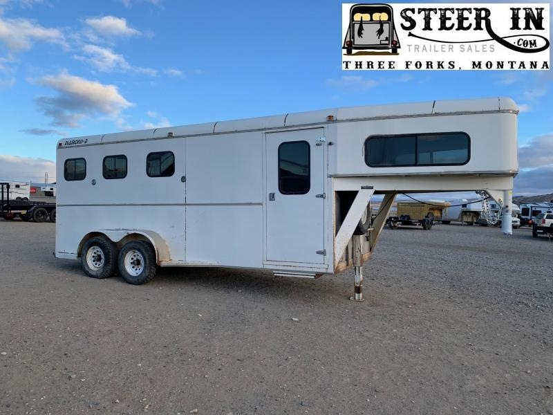 1992 Diamond D 3 Horse Trailer