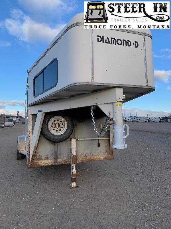 1992 Diamond D 3 Horse Trailer