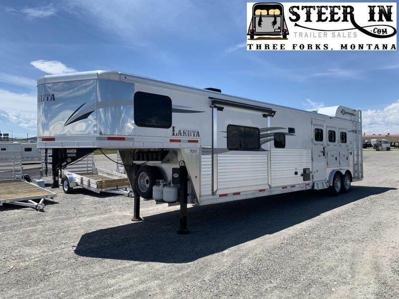 2020 Lakota C8315RK Horse Trailer