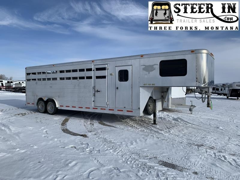 2004 Adam 26' Stock/Combo Livestock Trailer
