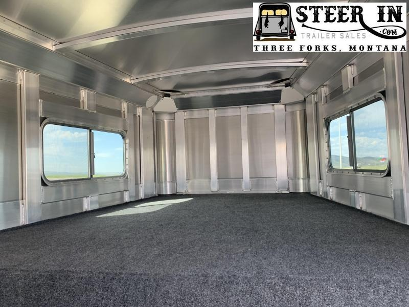2021 4-Star Trailers Runabout Straight Load Horse Trailer