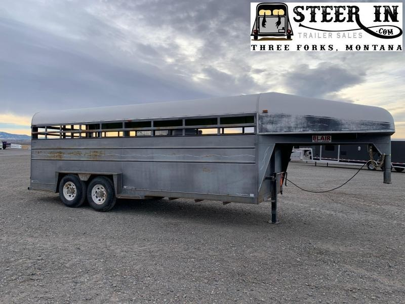 1990 Blair 20' Livestock Trailer