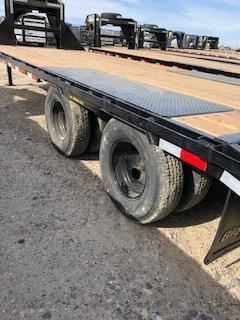 2021 Big Tex 22GN 25' (20+5) Flatbed Trailer