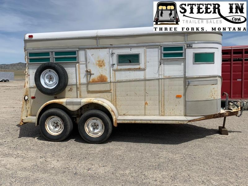 1974 Imperial 2H STRAIGHT Horse Trailer