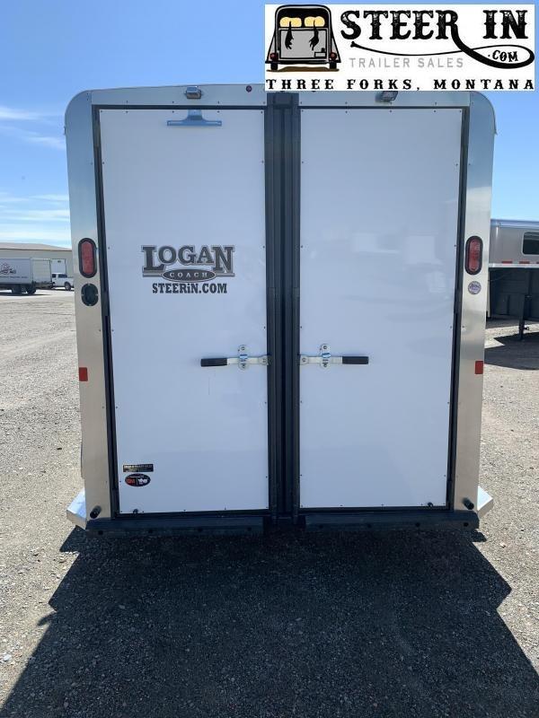 2020 Logan Coach BULLSEYE 3H BP Horse Trailer