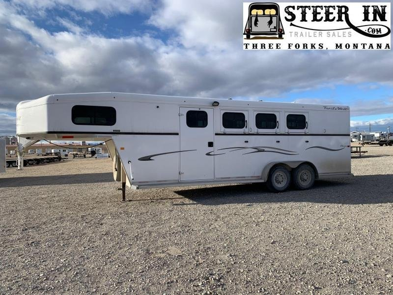 2013 Trails West 3H CLASSIC Horse Trailer