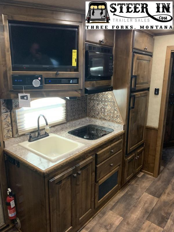 2020 4-Star Trailers 4H Deluxe 15' SW