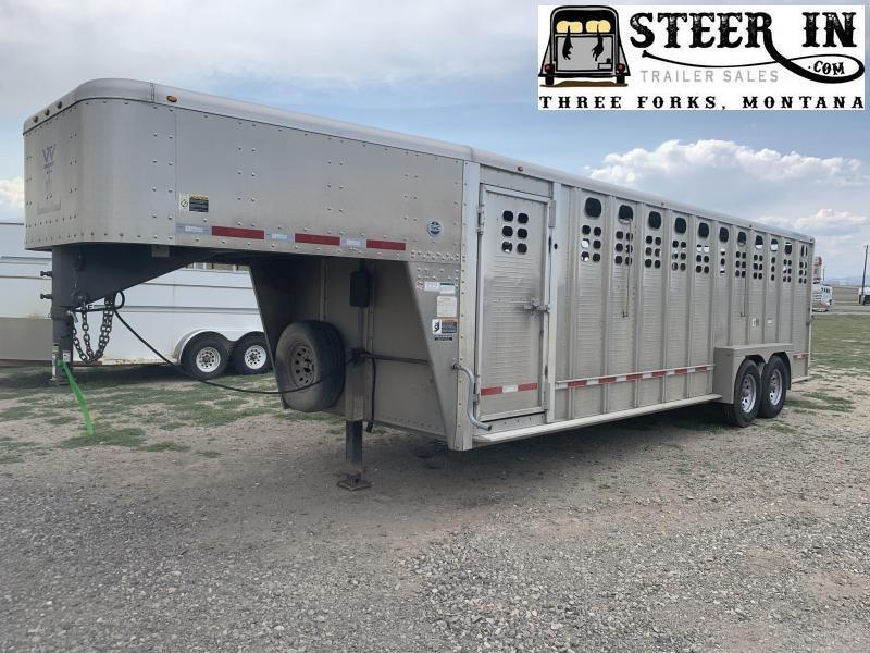 2020 Wilson 30' RANCH HAND Livestock Trailer