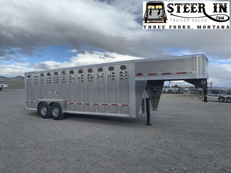 2021 Wilson 22'  Livestock Trailer