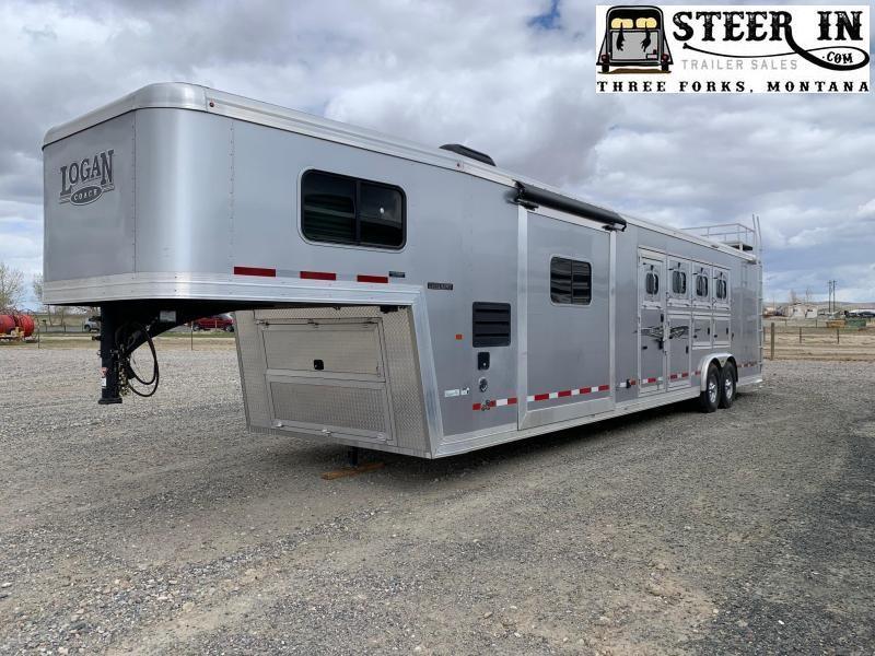 2019 Logan Coach 4H 811 PLATINUM/RAMPAGE Horse Trailer