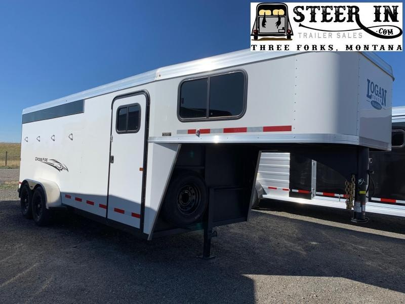 2021 Logan Cross Fire 4-Horse GN Horse Trailer