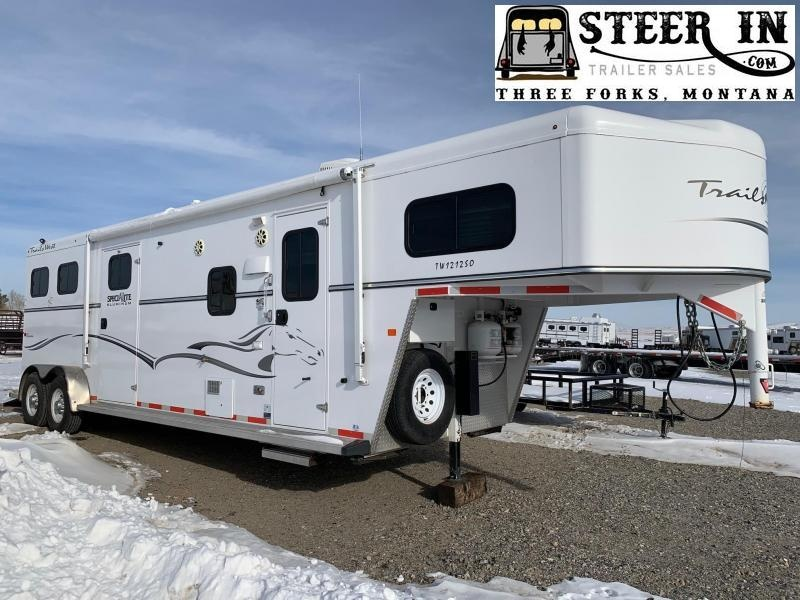 2015 Trails West SPECIALITE 2H LQ Horse Trailer
