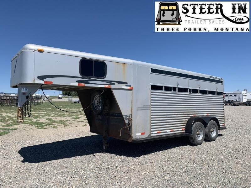 2000 Featherlite 3H GN Trailer