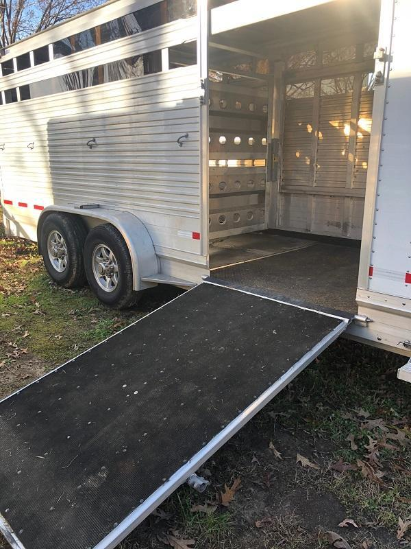 2017 EBY STOCK Horse Trailer