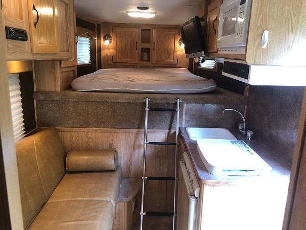 2008 Exiss Trailers Horse Trailer