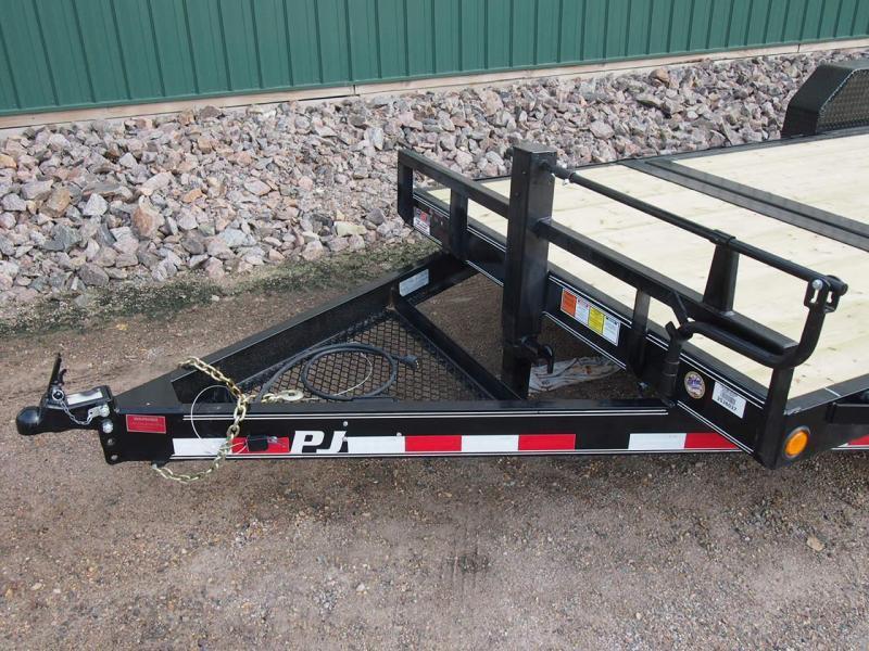"""2022 PJ 20'x6"""" Channel Equipment Tilt Trailer"""