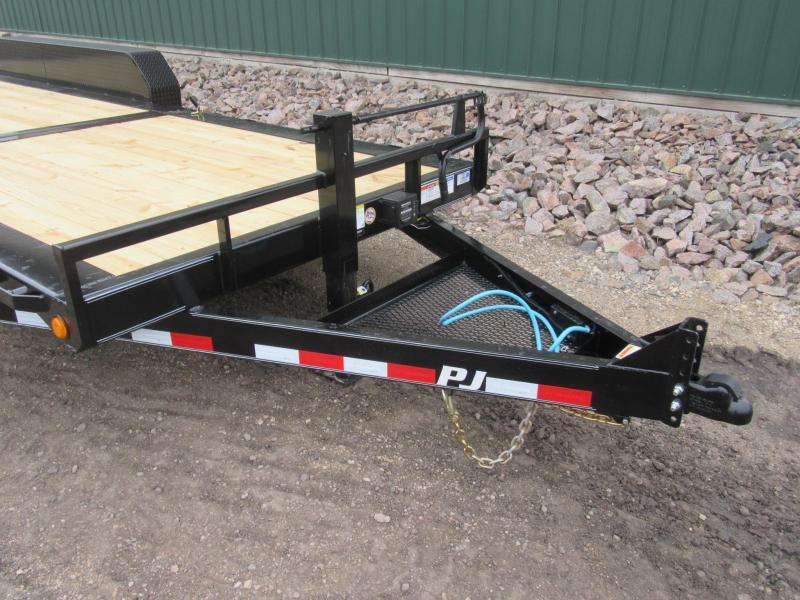 2021 PJ 24' HD Equipment Tilt - Triple Axle