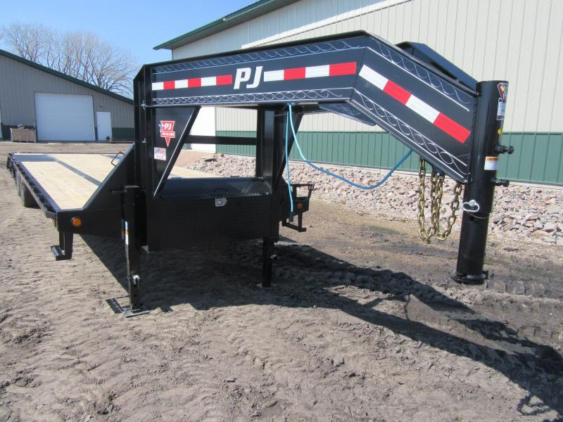 2021 PJ 30' Low-Pro Flatdeck with Duals