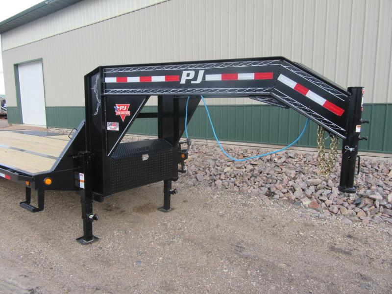 2021 PJ 25' Low-Pro 25k Gooseneck Flatbed Trailer