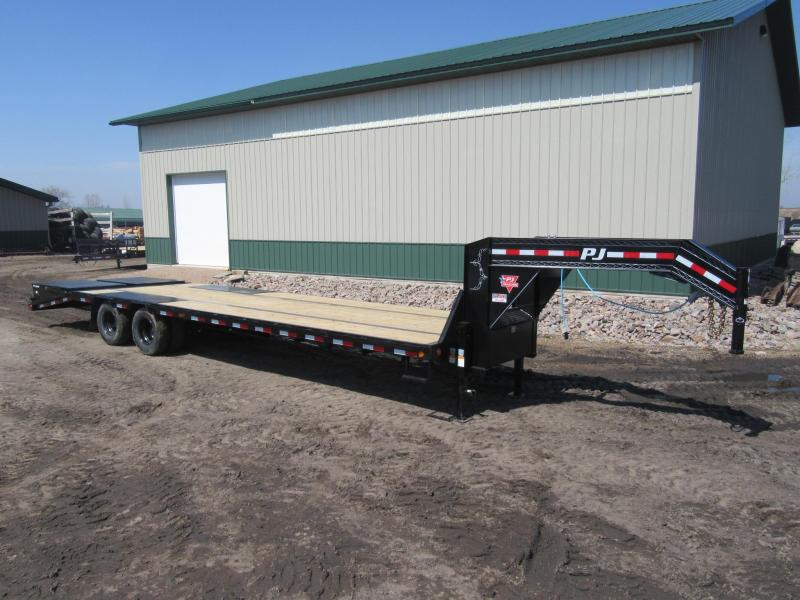 2021 PJ 32' Low-Pro Flatdeck with Duals