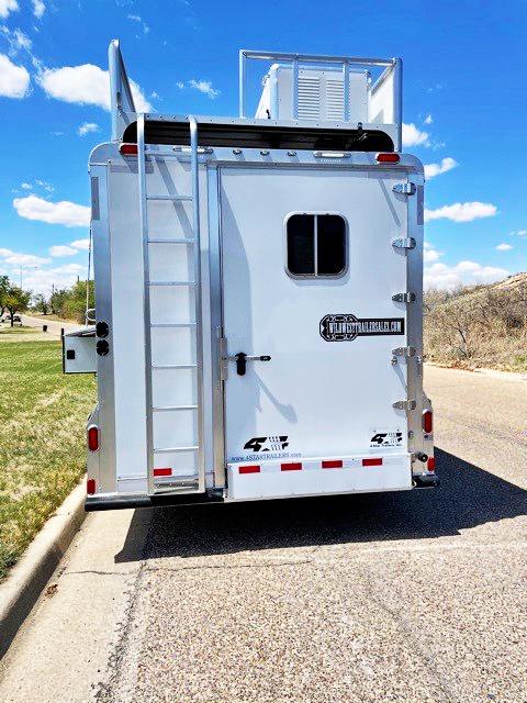 2021 4-Star 4 Horse Living Quarter Horse Trailer w/ Bunk Beds