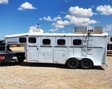 1999 Travalong Horse Trailers Horse Trailer