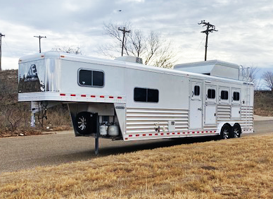 2020 Elite 4 Horse Living Quarters Trailer