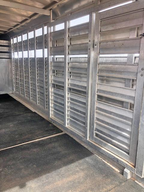 2007 Kiefer Built 20 ft Stock Trailer