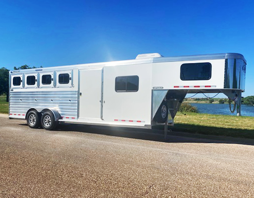 2021 Cimarron 4 Horse Trailer
