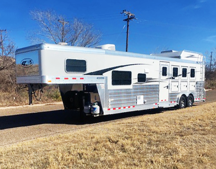 Used 2019 4-Star Living Quarters Trailer