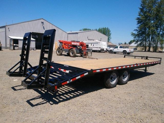 8.5x20+4' Deckover Trailer  **  4' Beavertail  **  Stand-up Ramps  **