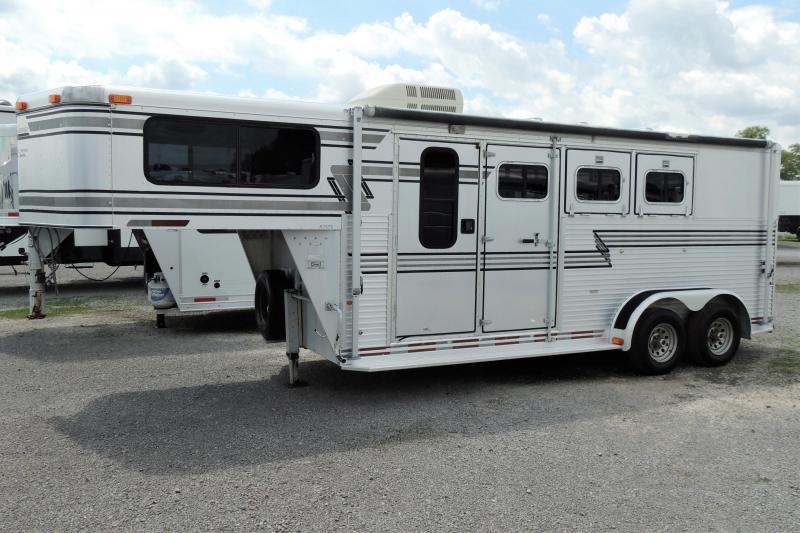 1996 Sundowner 720 Aluminum 3 Horse Trailer