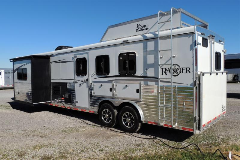 2018 Bison Ranger 8310 Slideout Horse Trailer