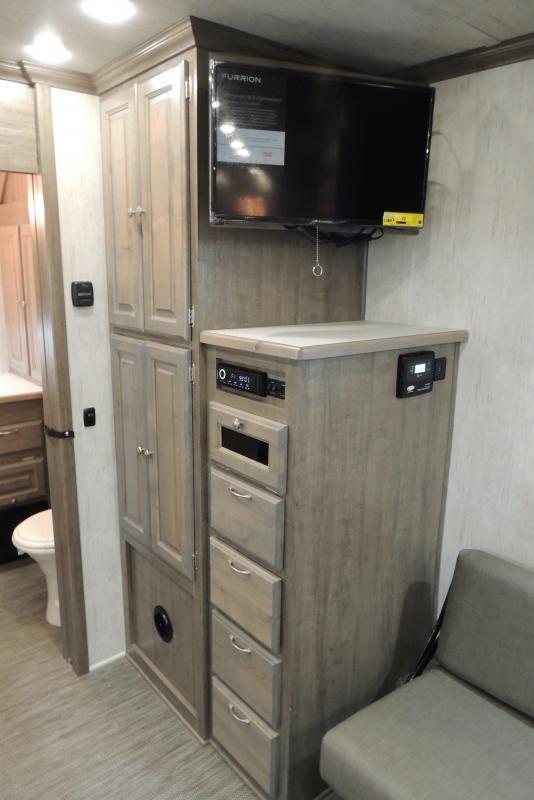2021 Sundowner Trail Blazer 2286 Toy Hauler RV