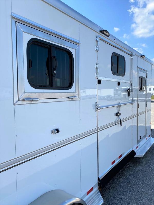 2022 Sundowner Charter TR SE 2+1 Horse Trailer
