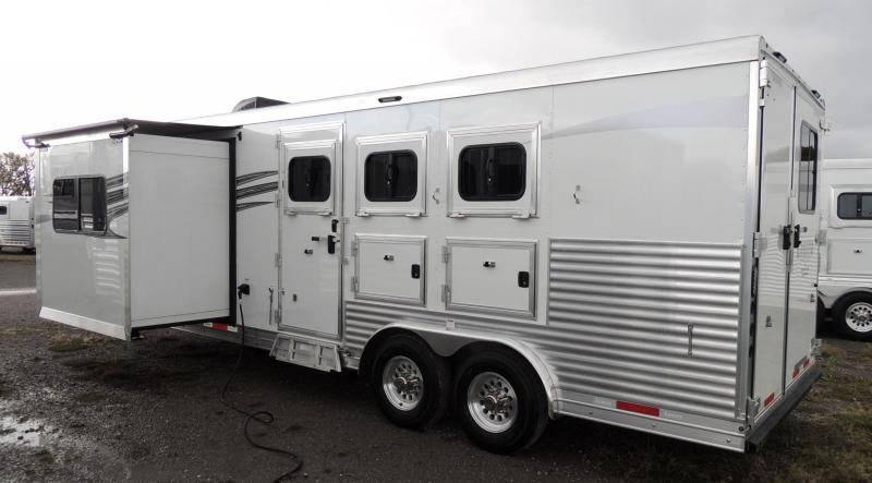 2020 Lakota Charger 8311 w/ 6 Slide Horse Trailer