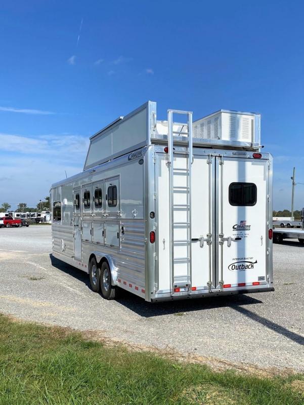 "2022 Cimarron Trailers 8410 Outback Customs 10'8"" Horse Trailer"