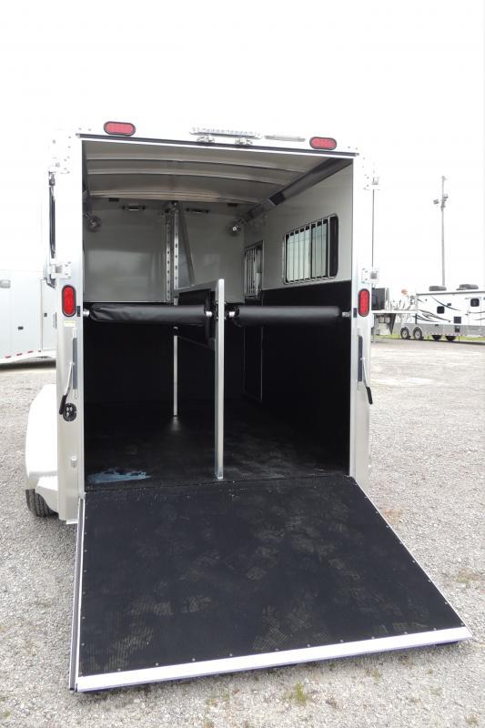 2021 Cimarron XL Stalls Straighload Horse Trailer