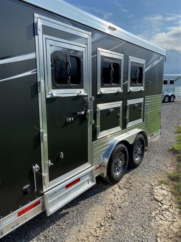 2022 Lakota Charger 8313SR Slideout Horse Trailer