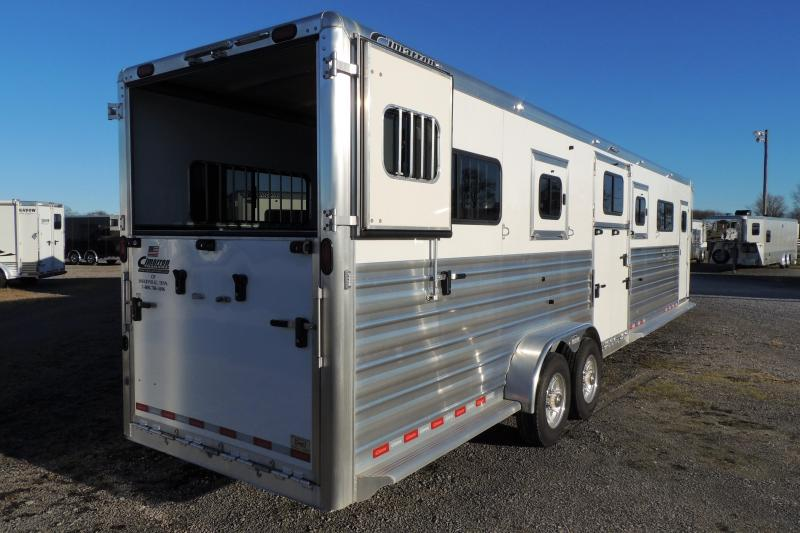 2020 Cimarron 4 Horse Head to Head 8' Tall DEMO Horse Trailer