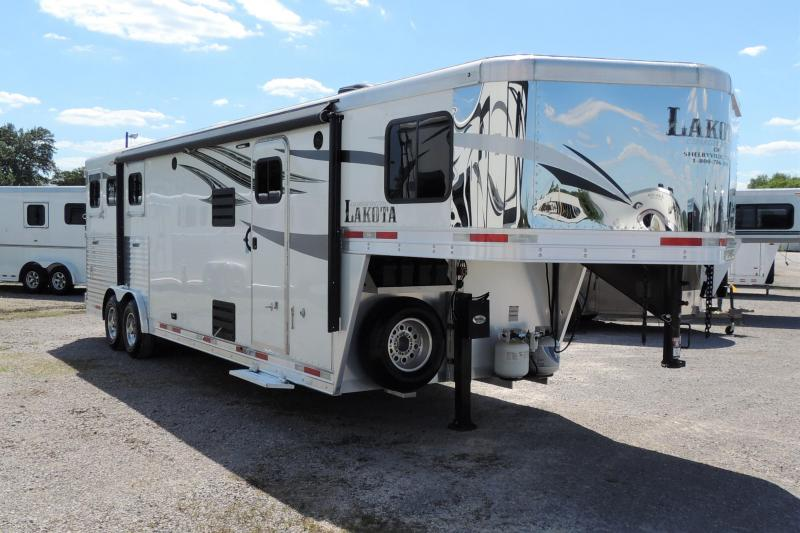 2018 Lakota Charger 8311SR Horse Trailer