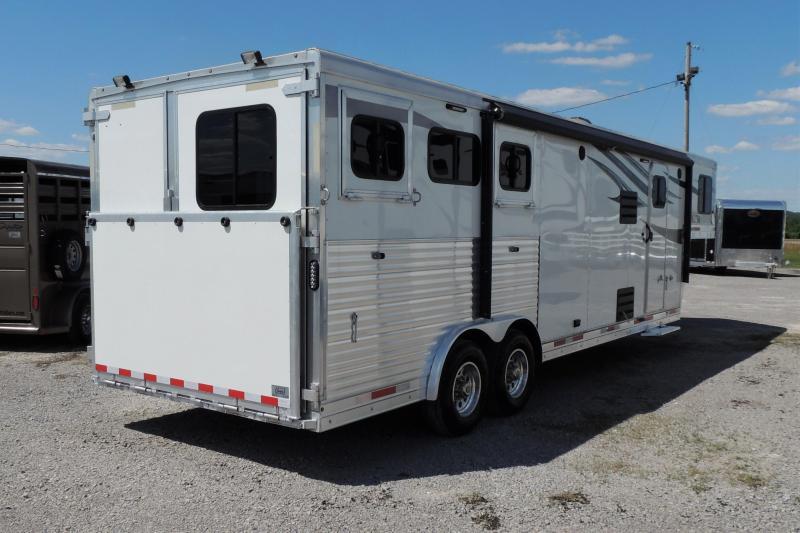 2018 Lakota Charger 8311SR Horse Trailer