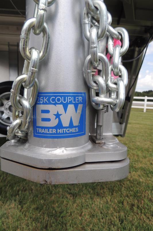 2020 Cimarron Trailers 6 Horse Head to Head Deluxe PKG Horse Trailer