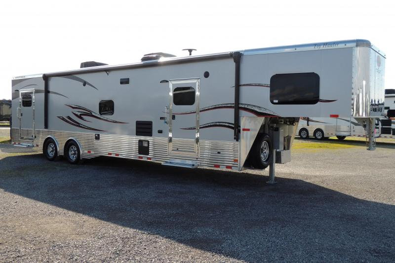 2020 Sundowner 3986OM 8' Tall Toy Hauler
